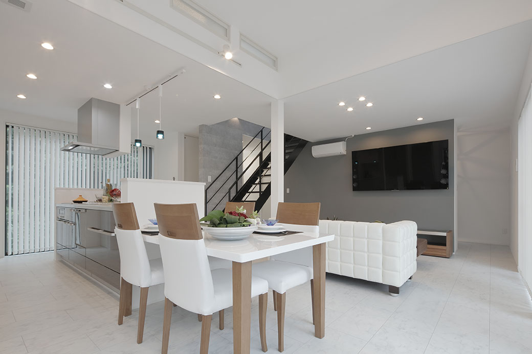 家族の形態変化に柔軟に対応できる 高性能なコンパクト2世帯住宅の家